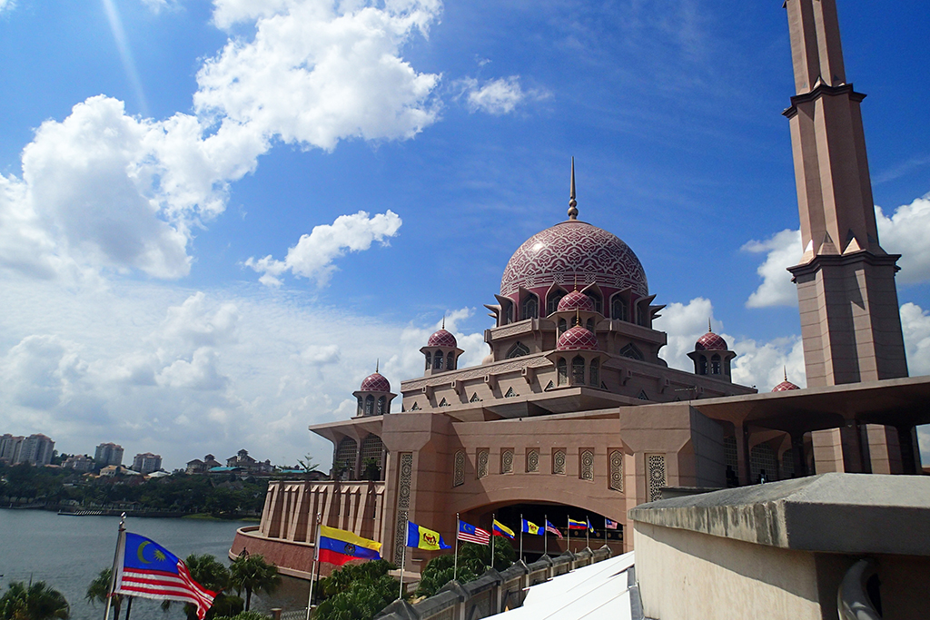 Путраджайя | Русский гид в Куала-Лумпуре